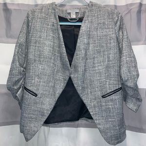 H&M Open Front Black White Blazer Ruched Sleeves